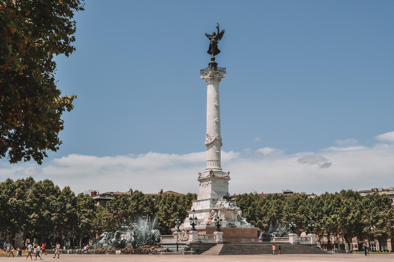 Le monument aux Girondins, situé place des Quinconces