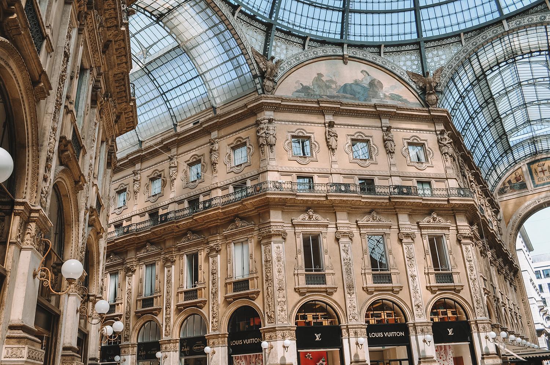 Vraiment une architecture raffinée pour une galerie incroyable
