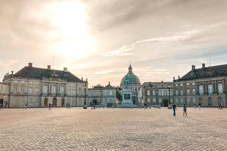 Cour pavée Amalienborg Slot