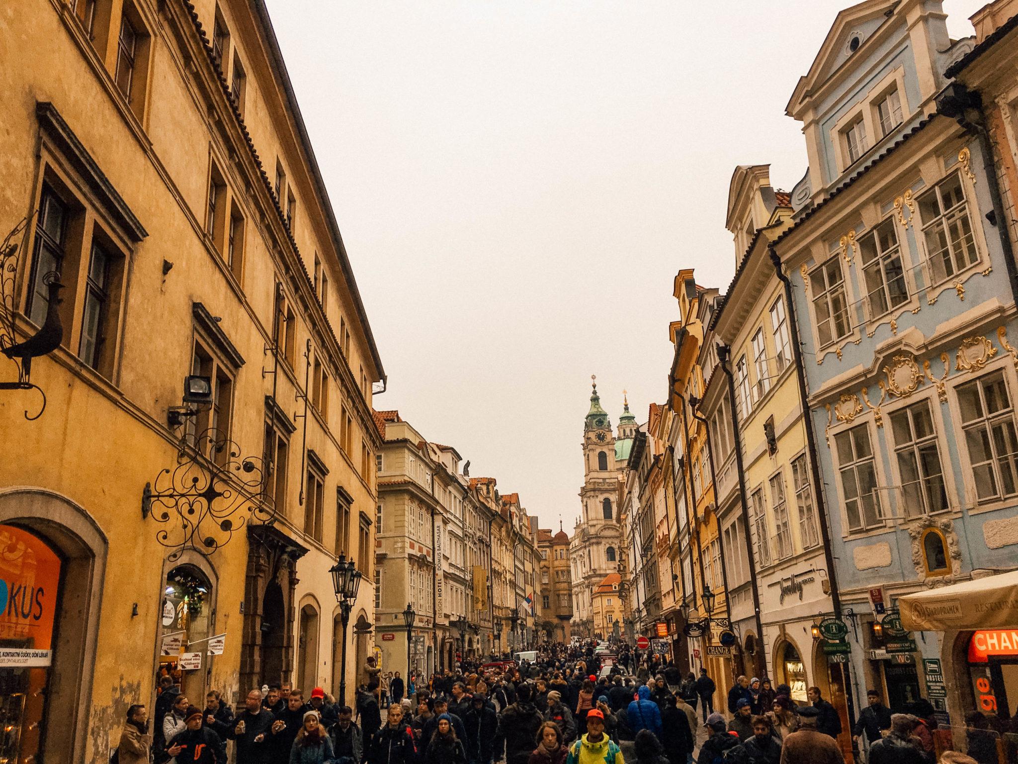 Une rue bondée mais très mignonne