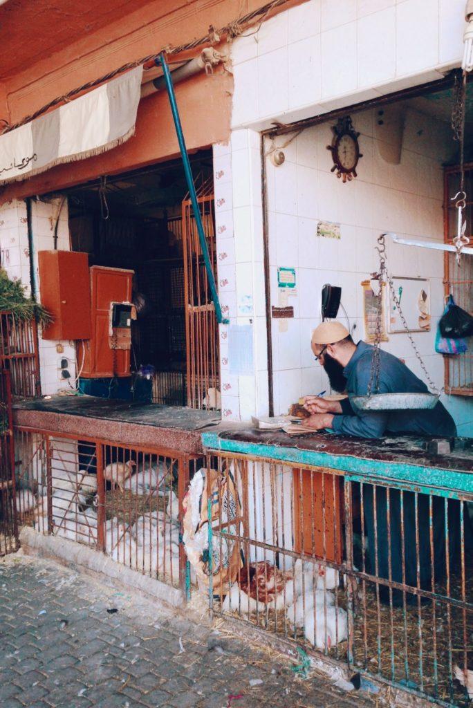 Boucher traditionnel dans la médina