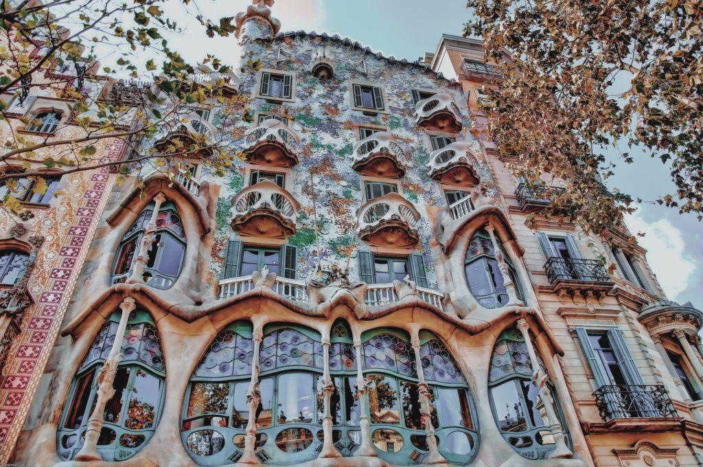 La façade absolument magnifique de la Casa Batlló