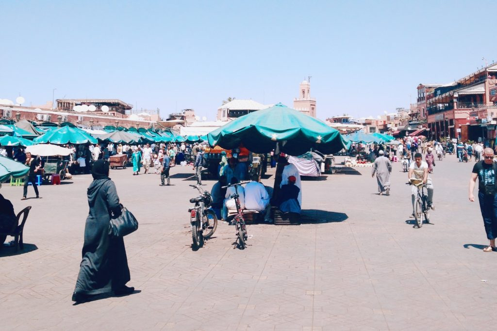 La place Jemaa El-Fna est toujours très animée