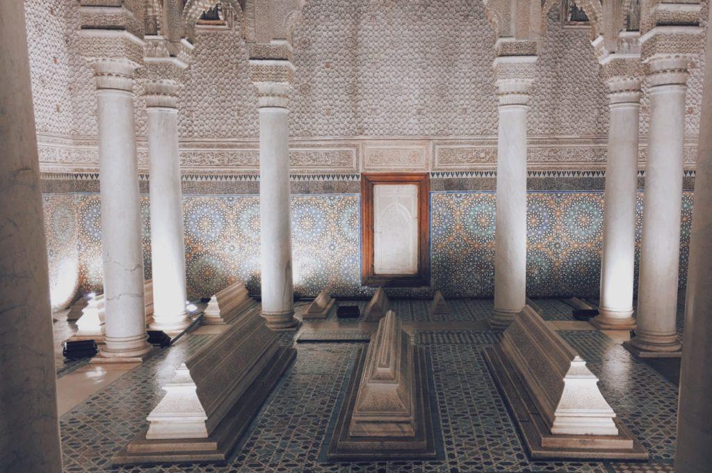 Découverte des zelliges sur les tombeaux Saadiens