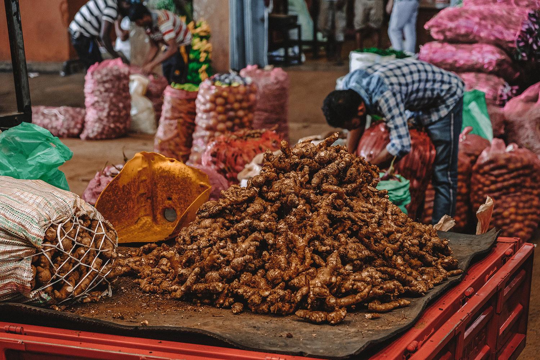 Livraison de gingembre frais
