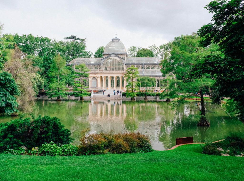 Vue sur le magnifique Palacio de Cristal