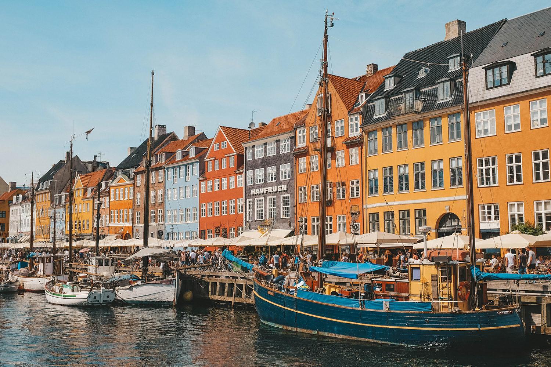Les jolies maisons colorées du célèbre Canal de Nyhavn