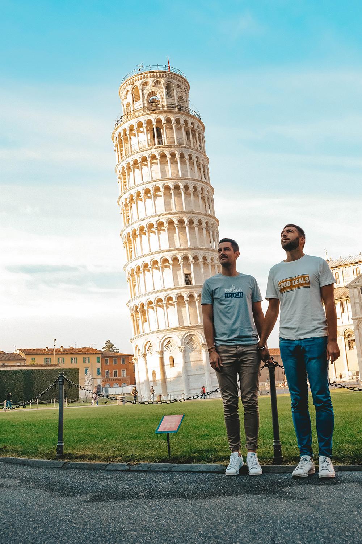 Prenons la pose avec la célèbre Tour de Pise
