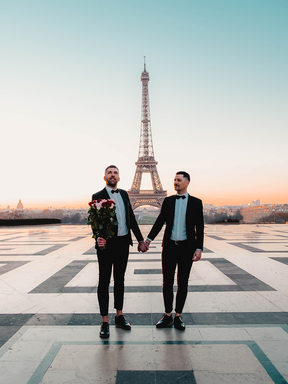 Séance photos romantique avec notre belle Tour Eiffel