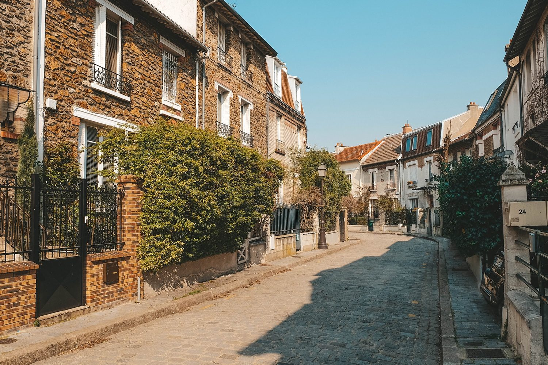 Les demeures de pierre de la campagne à Paris