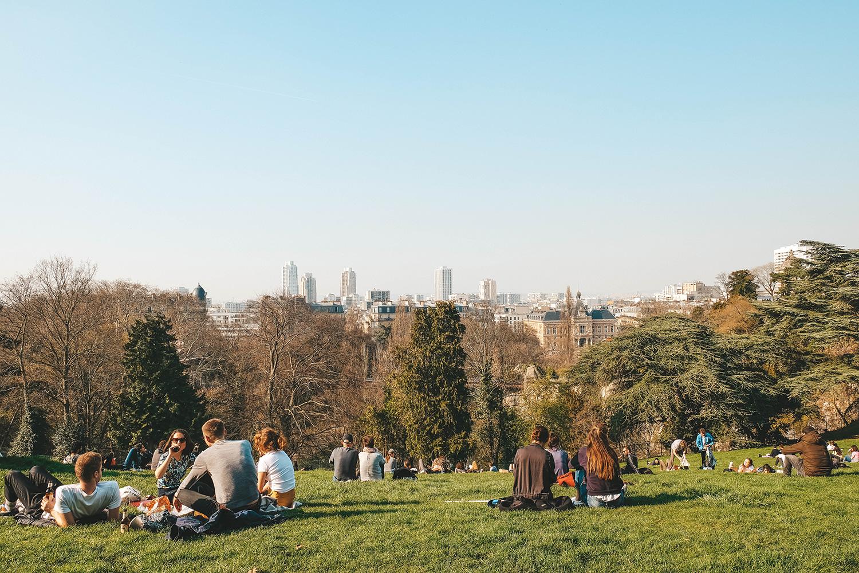Pique-nique avec vue sur Paris