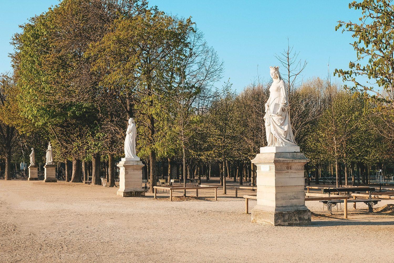 Les reines de France et Dames illustres du jardin du Luxembourg
