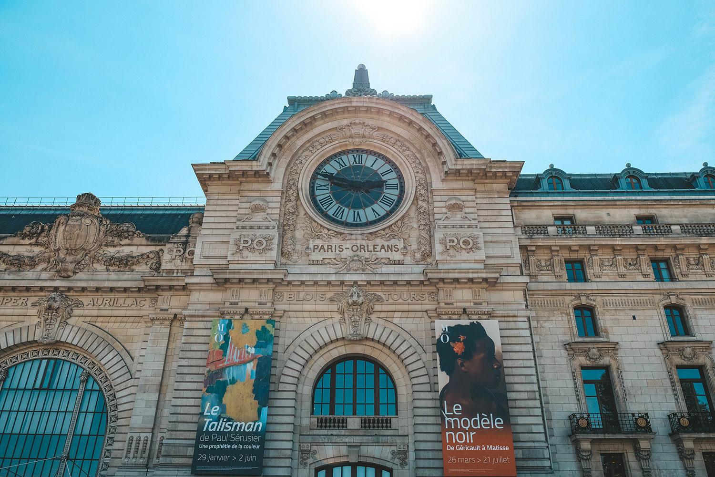 Façade de l'ancienne gare d'Orsay devenue le musée