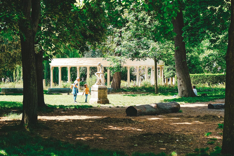 Sortie familiale au parc Monceau
