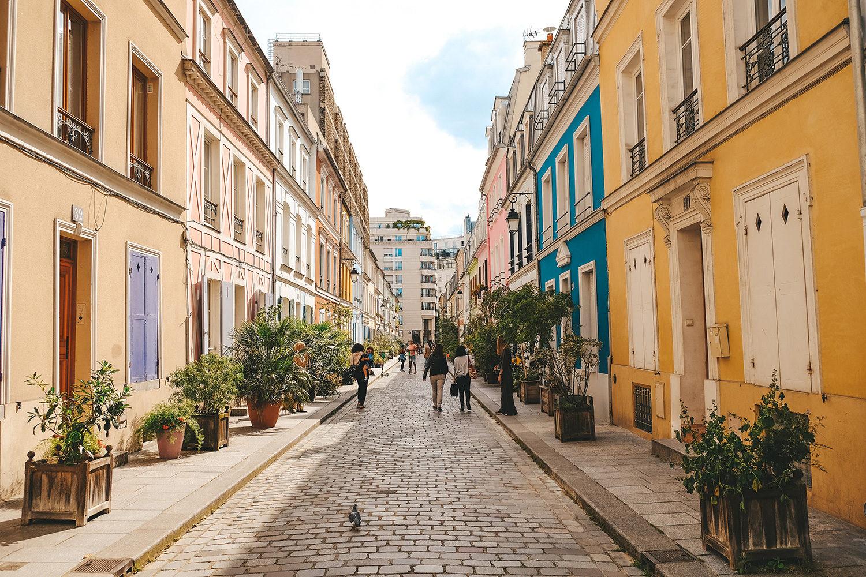 La célèbre rue Crémieux