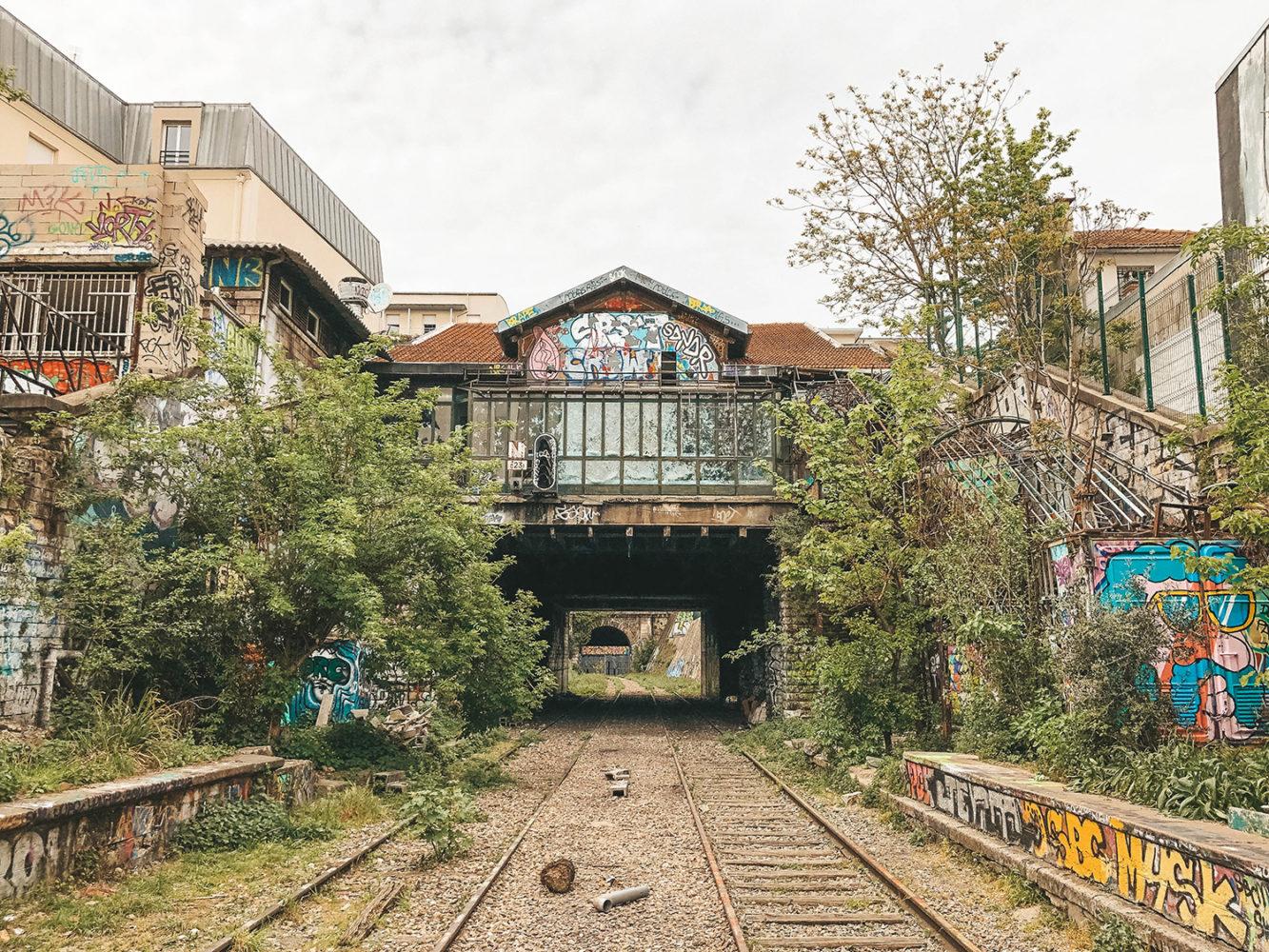 Ancienne gare abandonnée