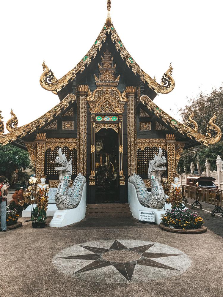 Wat Inthakhin Sadue Muang