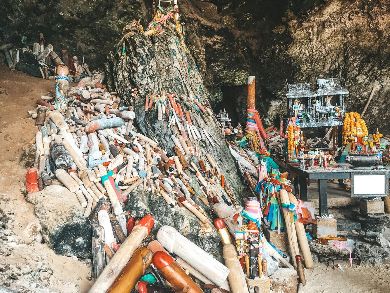 La fameuse Phra Nang Cave