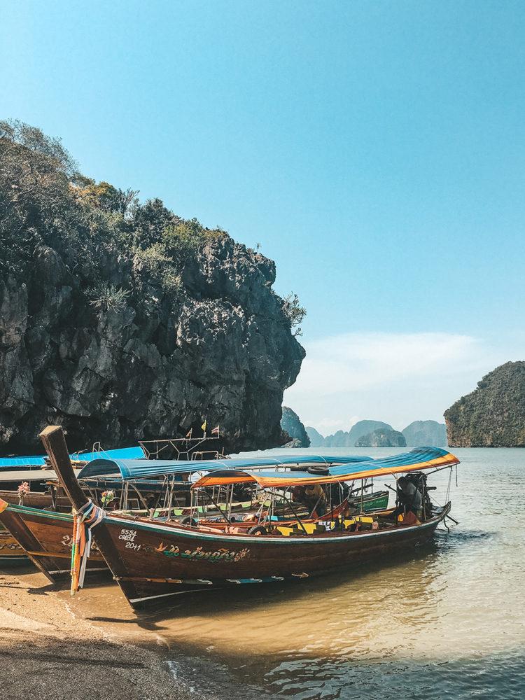 Les petits bateaux de touristes