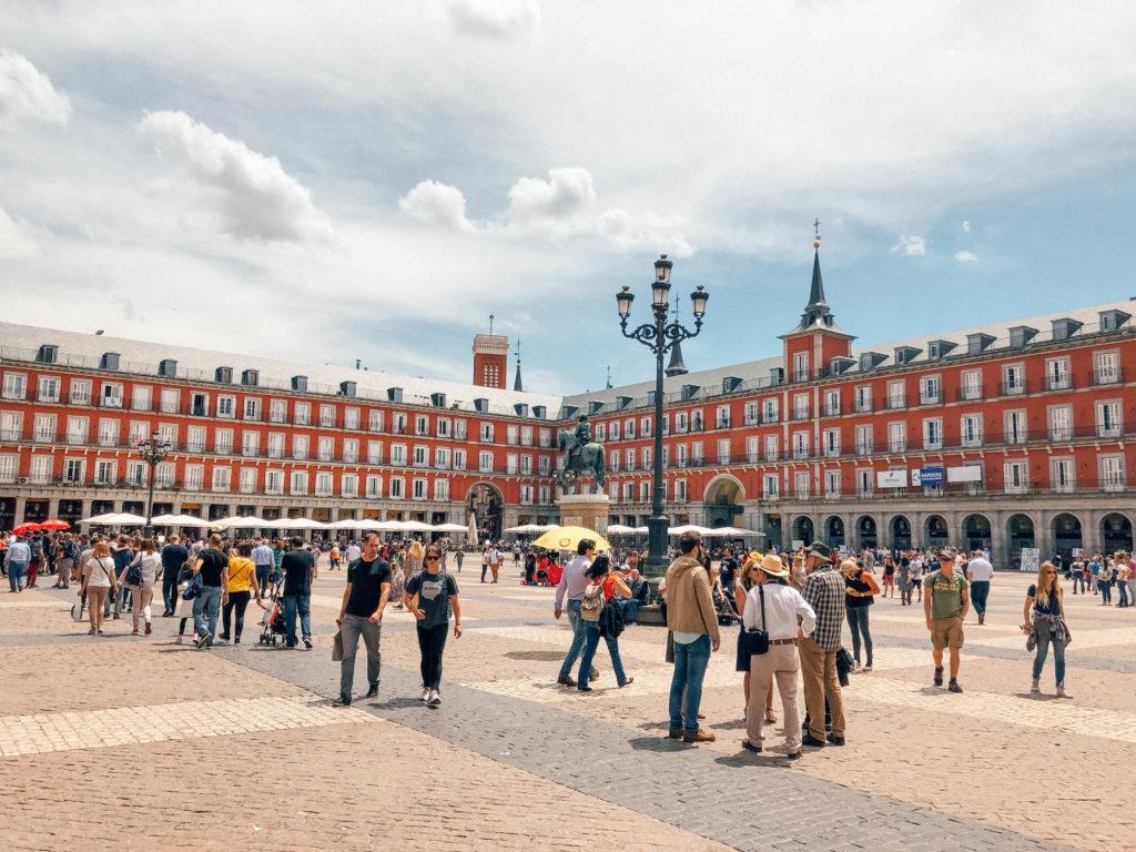La Plaza Mayor de Madrid, l'une des places les plus emblématiques
