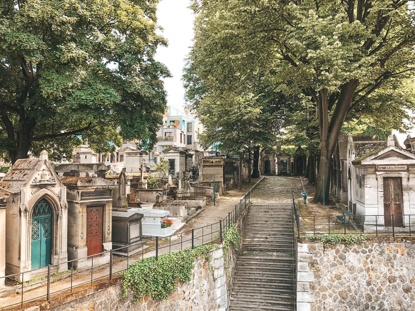 La partie la plus haute du cimetière de Montmartre