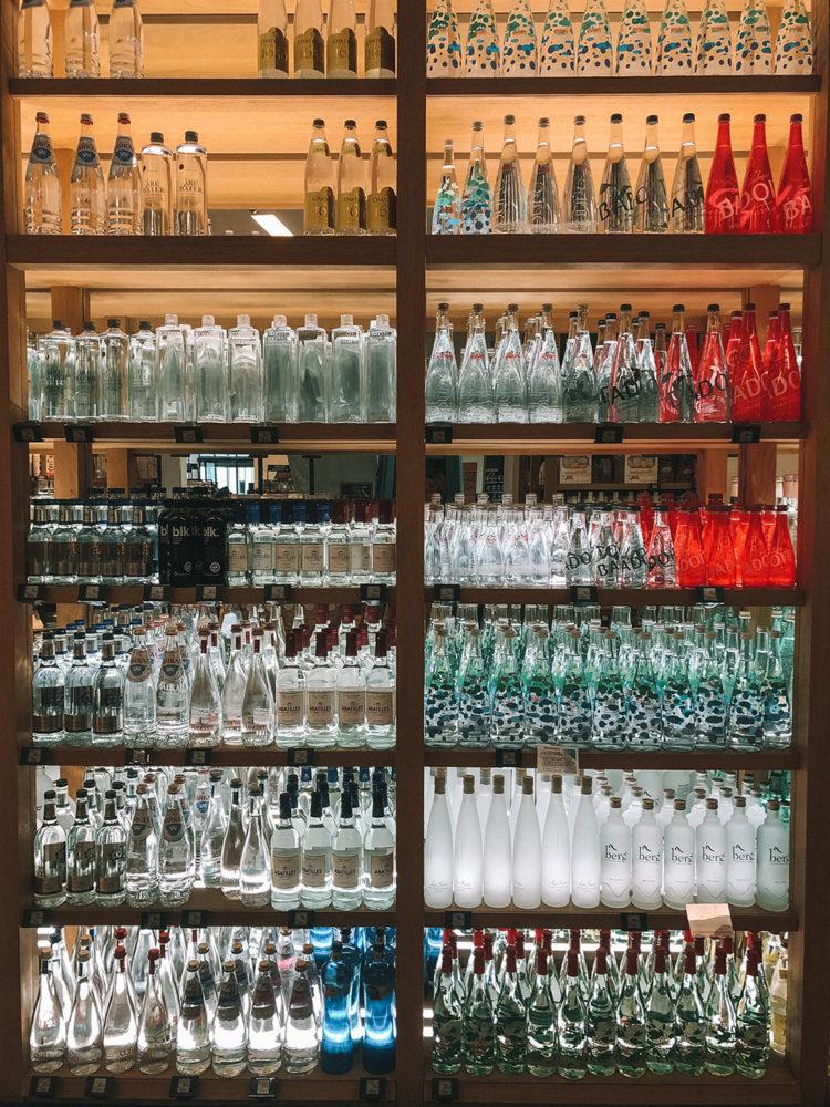 Vitrine de bouteille d'eau
