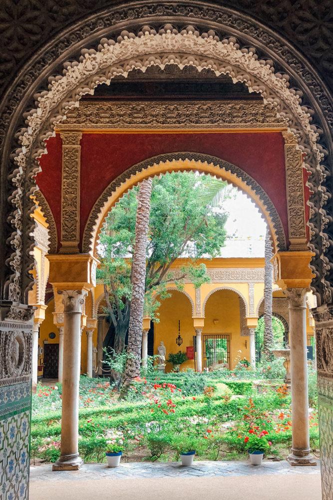 Architecture et verdure se mêlent à merveille