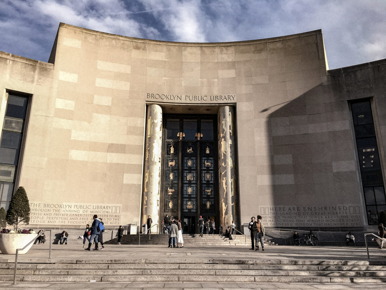 Façade de la bibliothèque publique de Brooklyn