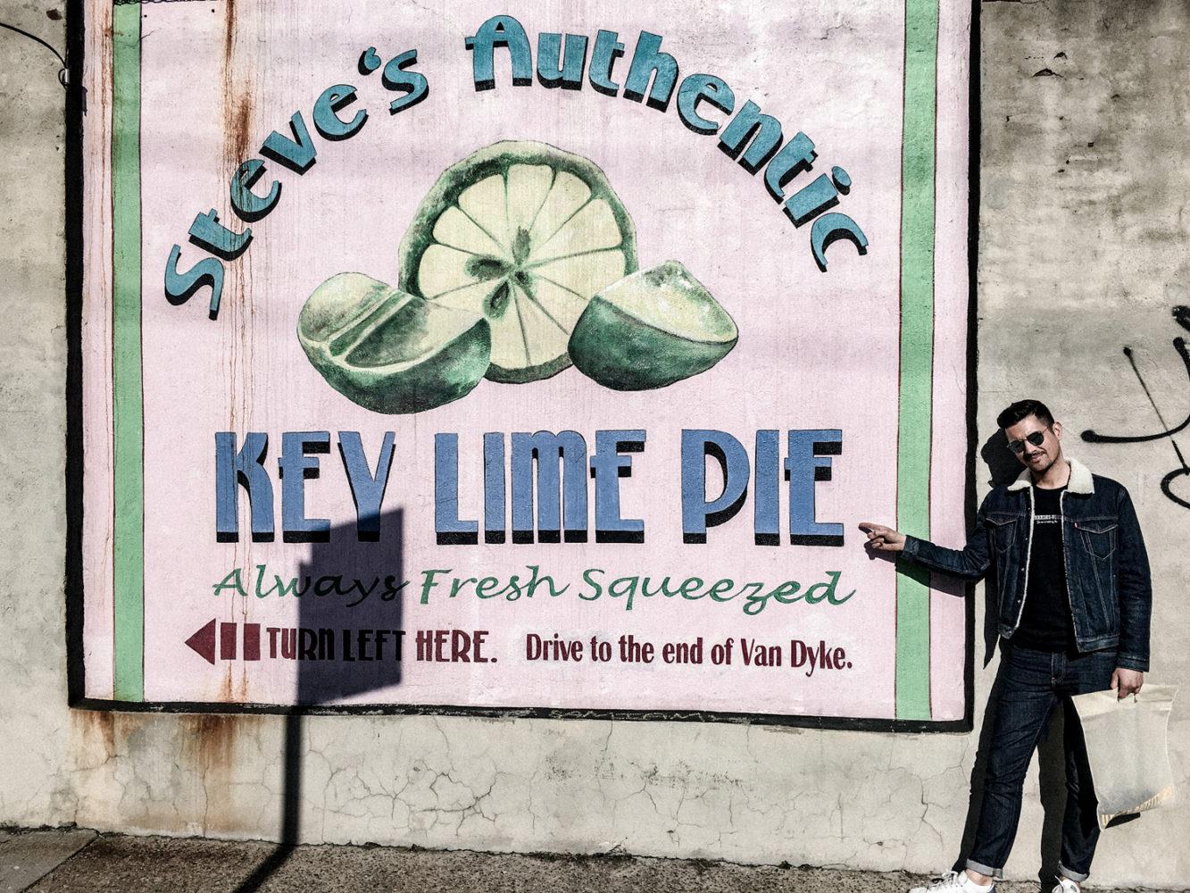 """Vieille affiche de l'institution """"Steve's Authentic Key Lime Pies"""""""