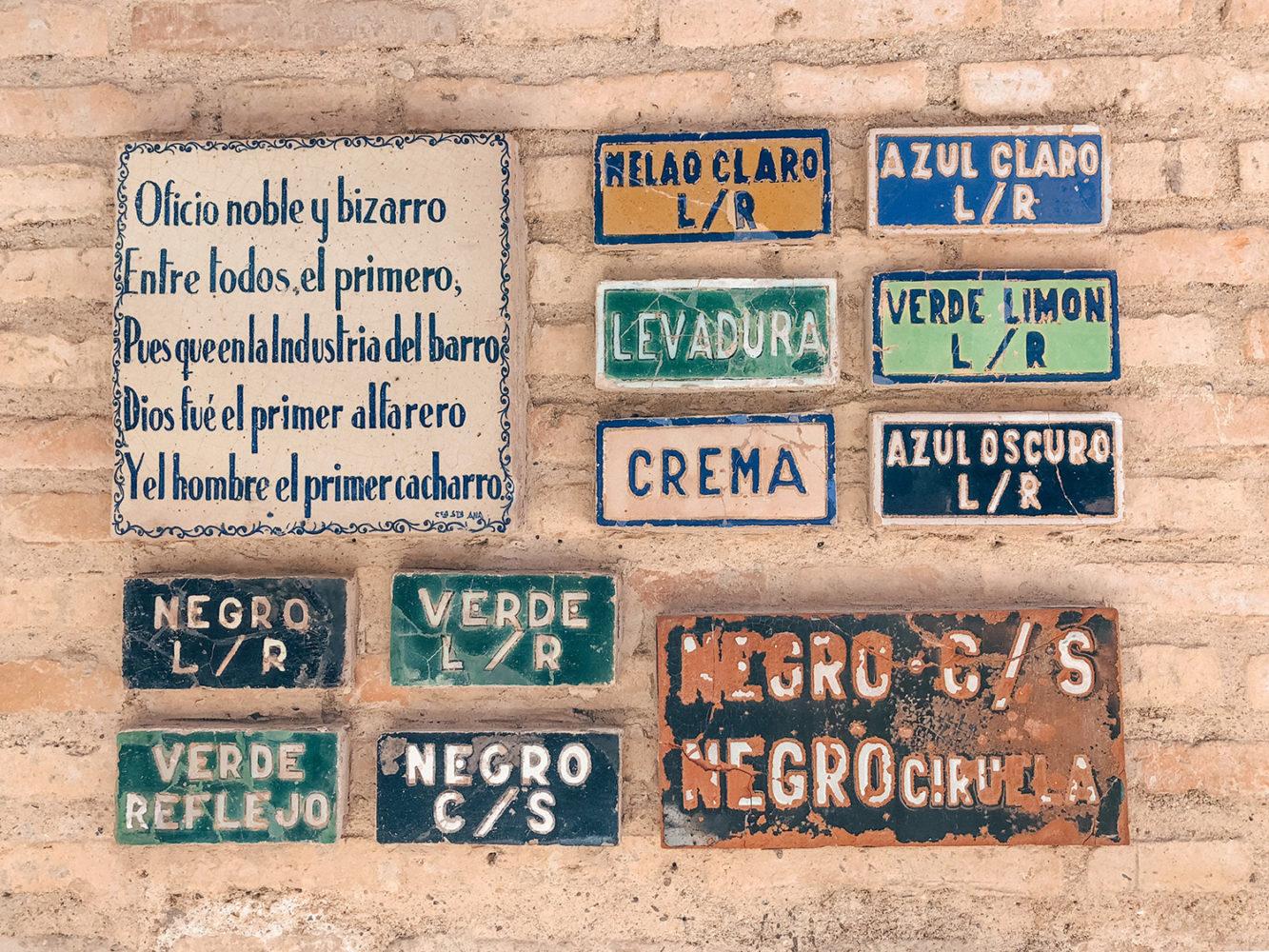 Des carreaux de céramique servants de nuancier
