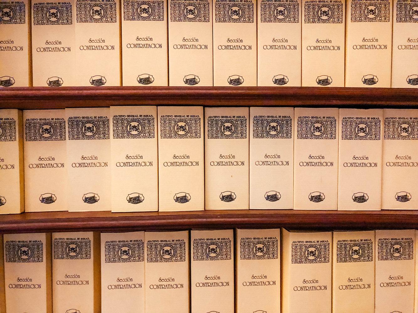 Des dossiers d'archives à perte de vue