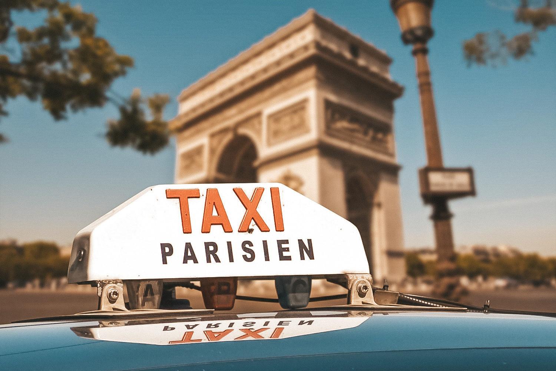 Les célèbres taxis parisiens