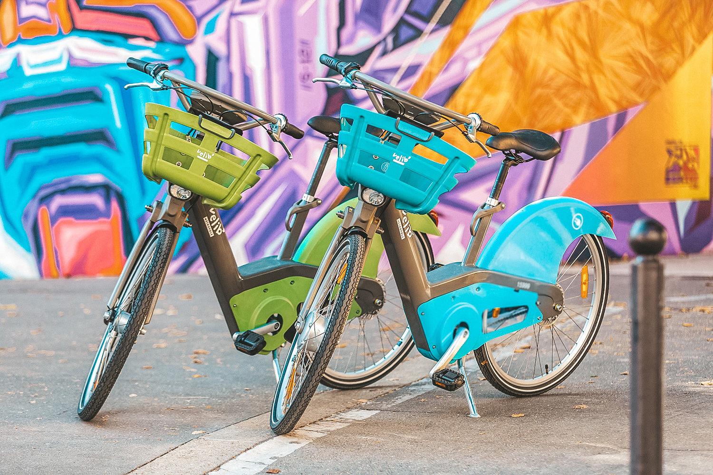Vélib vert : mécanique / Vélib bleu : assistance électrique