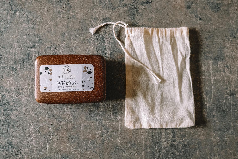 Notre boîte à savon en bioplastique et notre sachet à savon