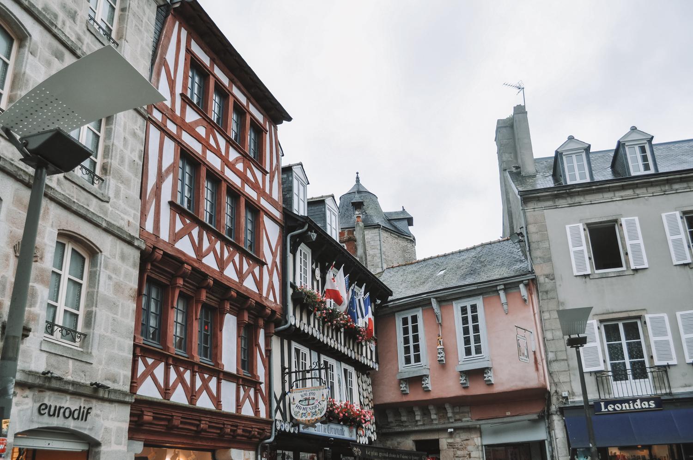 Mélange de styles dans la ville de Quimper
