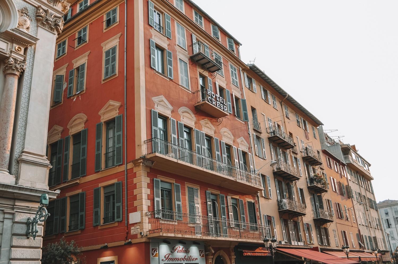 Les façades au charme d'antan du Vieux-Nice